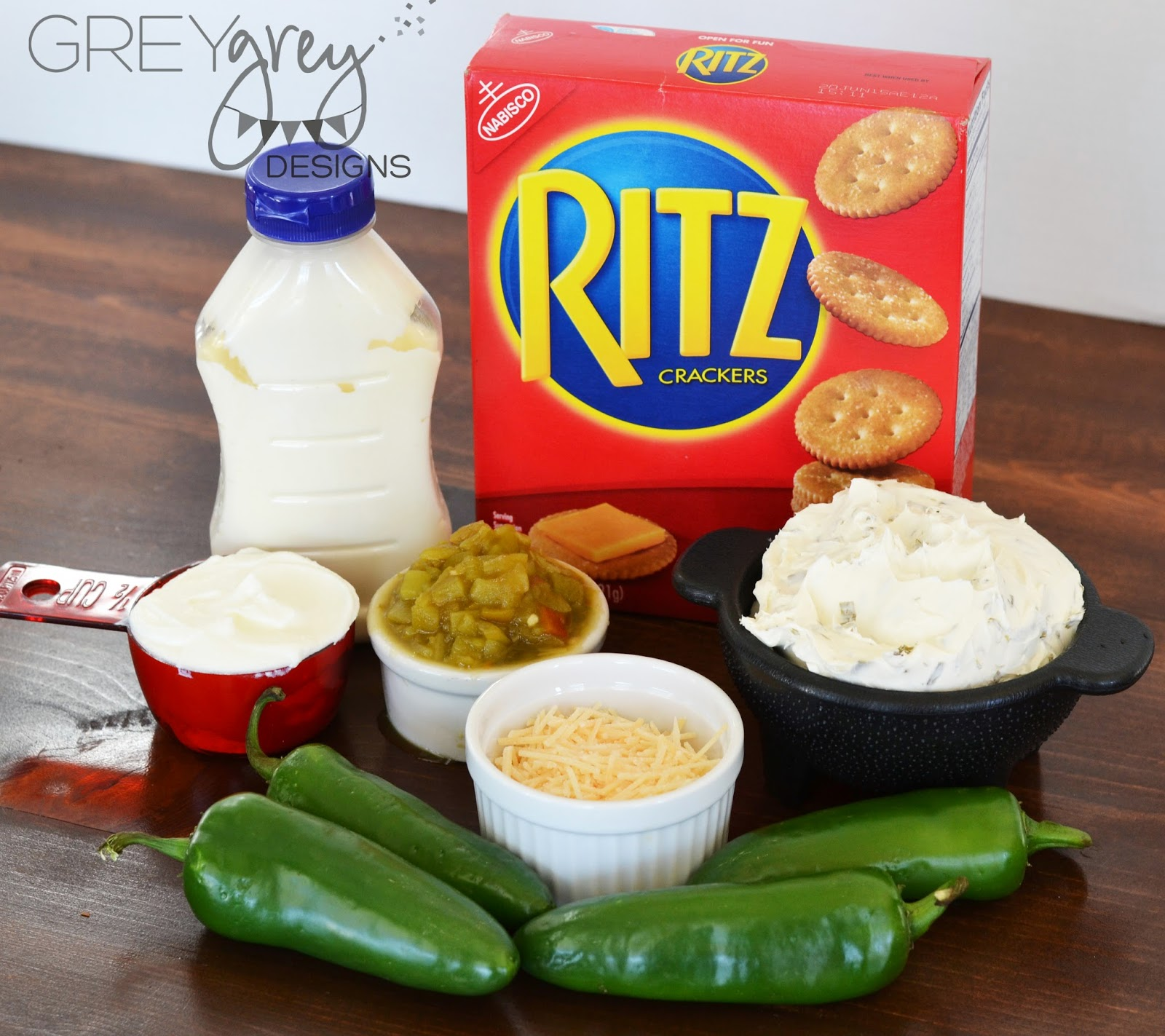 #ritzcrackers #diprecipes #greygreydesigns #preparetoparty #ad #collectivebias