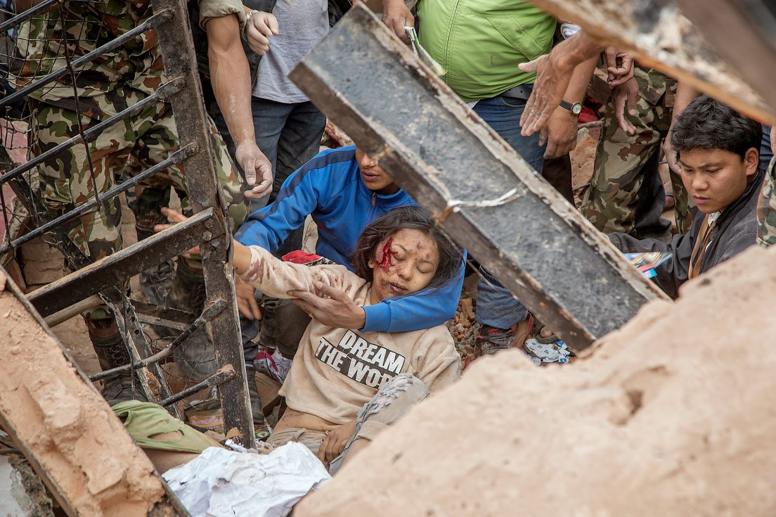 Nepal Earthquake 2015 Photos | Hiru Gossip Lanka