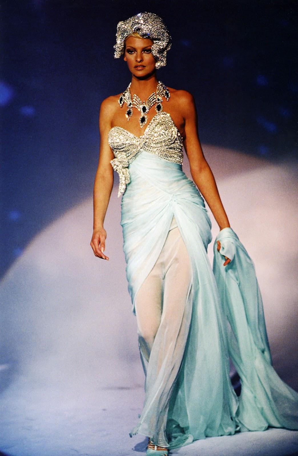 Eniwhere Fashion - Top Models 90's - Linda Evangelista