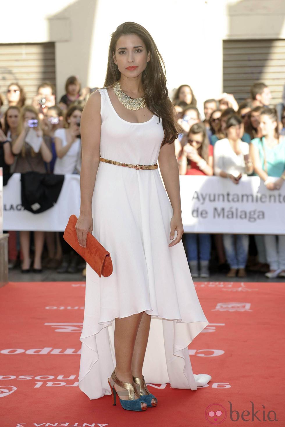 Accesorios para vestido blanco largo