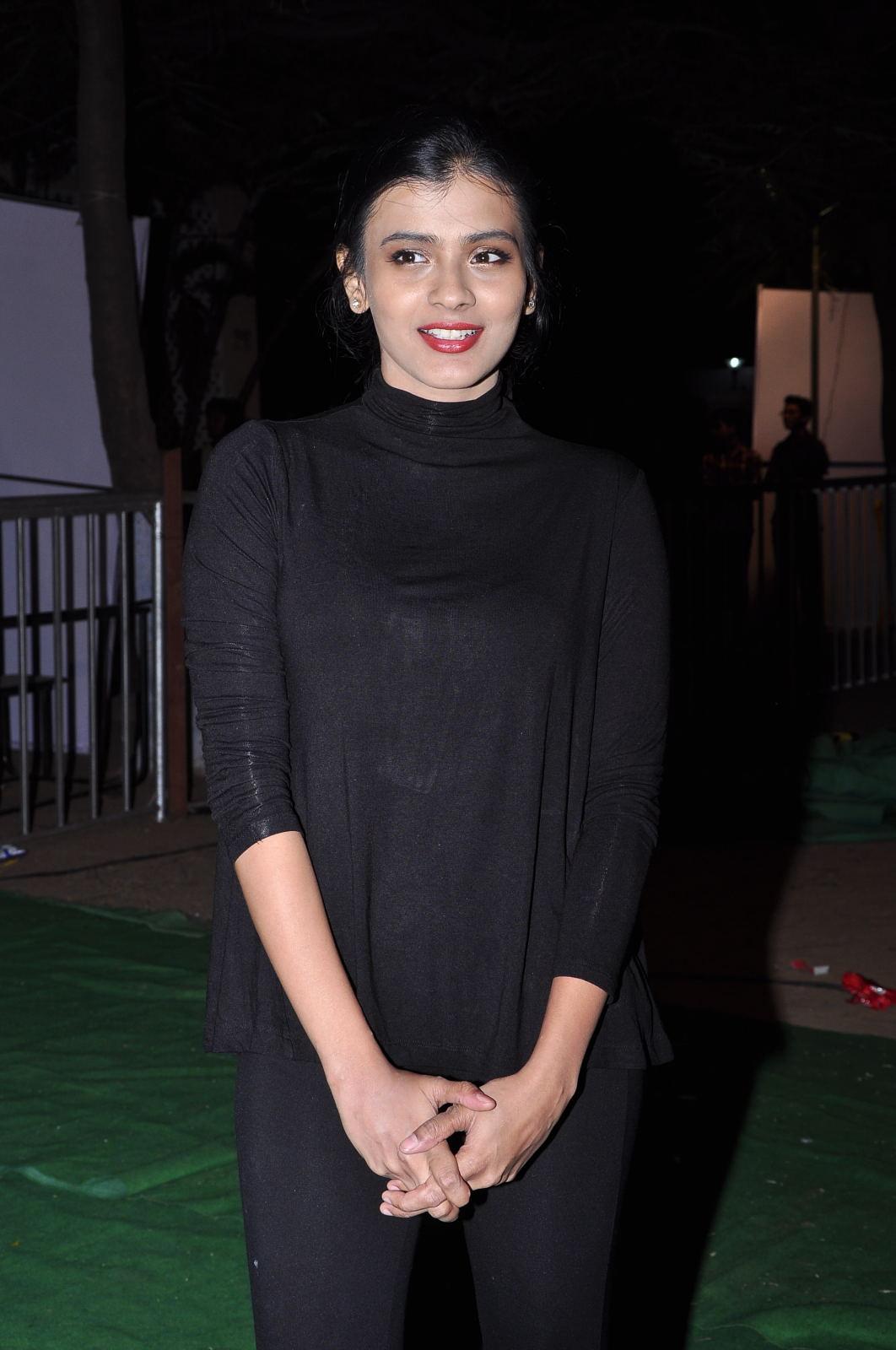 Hebah Patel at Kumari 21f platinum disk event-HQ-Photo-6