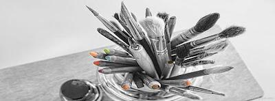 Couverture facebook stylos
