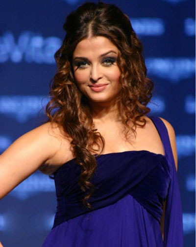 Aishwarya Rai Latest Hairstyles, Long Hairstyle 2011, Hairstyle 2011, New Long Hairstyle 2011, Celebrity Long Hairstyles 2252