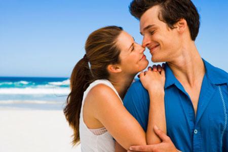 امور وأشياء يجب عليك مشاركتها مع زوجك وحبيبك - زواج سعيد - حب ورومانسية - hamppy marriage couple - love and romance