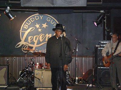 """Chicago : Μεγάλη τιμή  για μένα να βρεθώ στο  """" Buddy Guy Legends"""""""