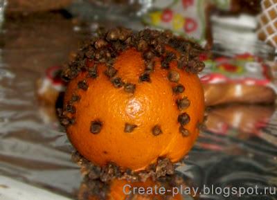 Апельсин с гвоздикой помандер