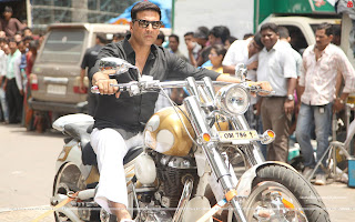 OMG Oh My God Akshay Kumar on his bike Wallpaper