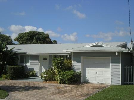 3 Tab Shingle Roof In Miami, Fl.