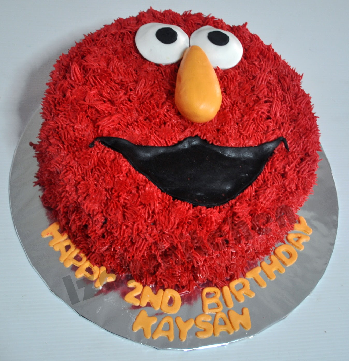 Izah S Kitchen Elmo Face Cake
