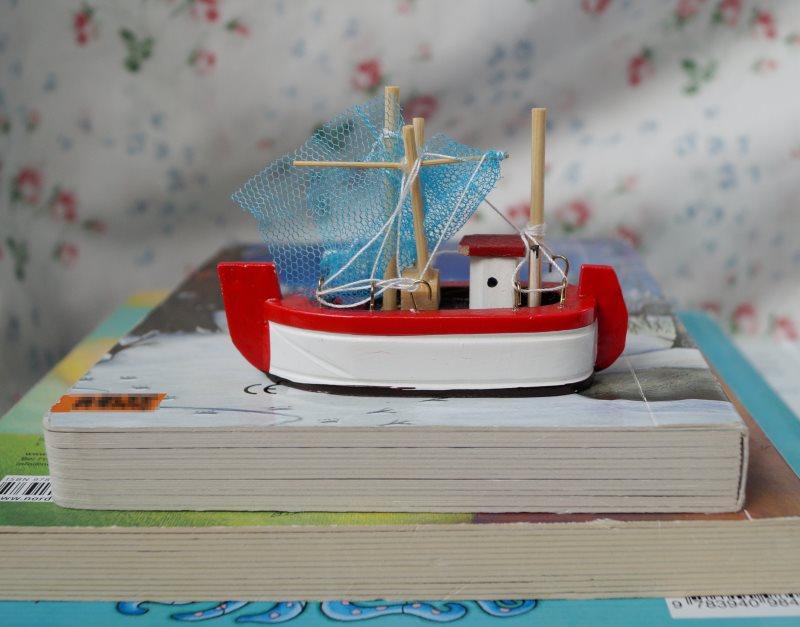 Das neue Bücherboot ist da: