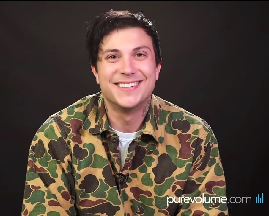 Emily Blame: Frank Iero PureVolume Session & Fan Interview