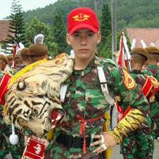 Itulah foto letda panji tentara ganteng yang bikin heboh di twitter ...