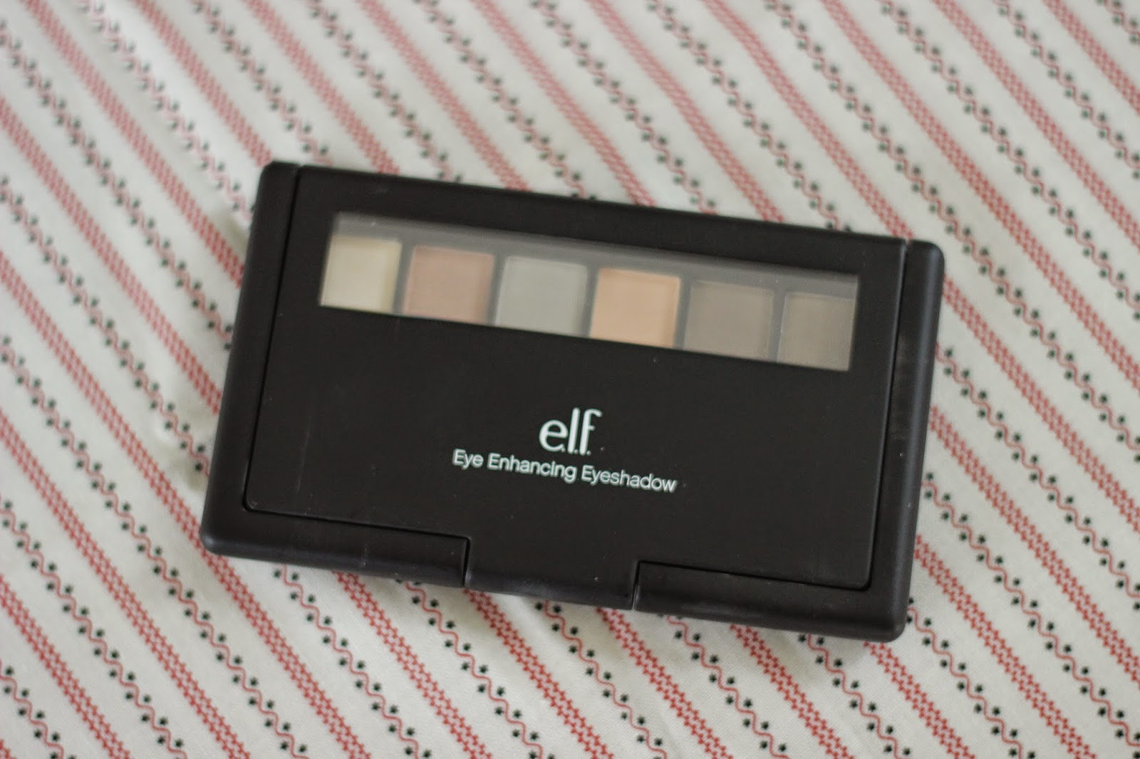 review look elf eye enhancing eyeshadow palette blue eyes 1