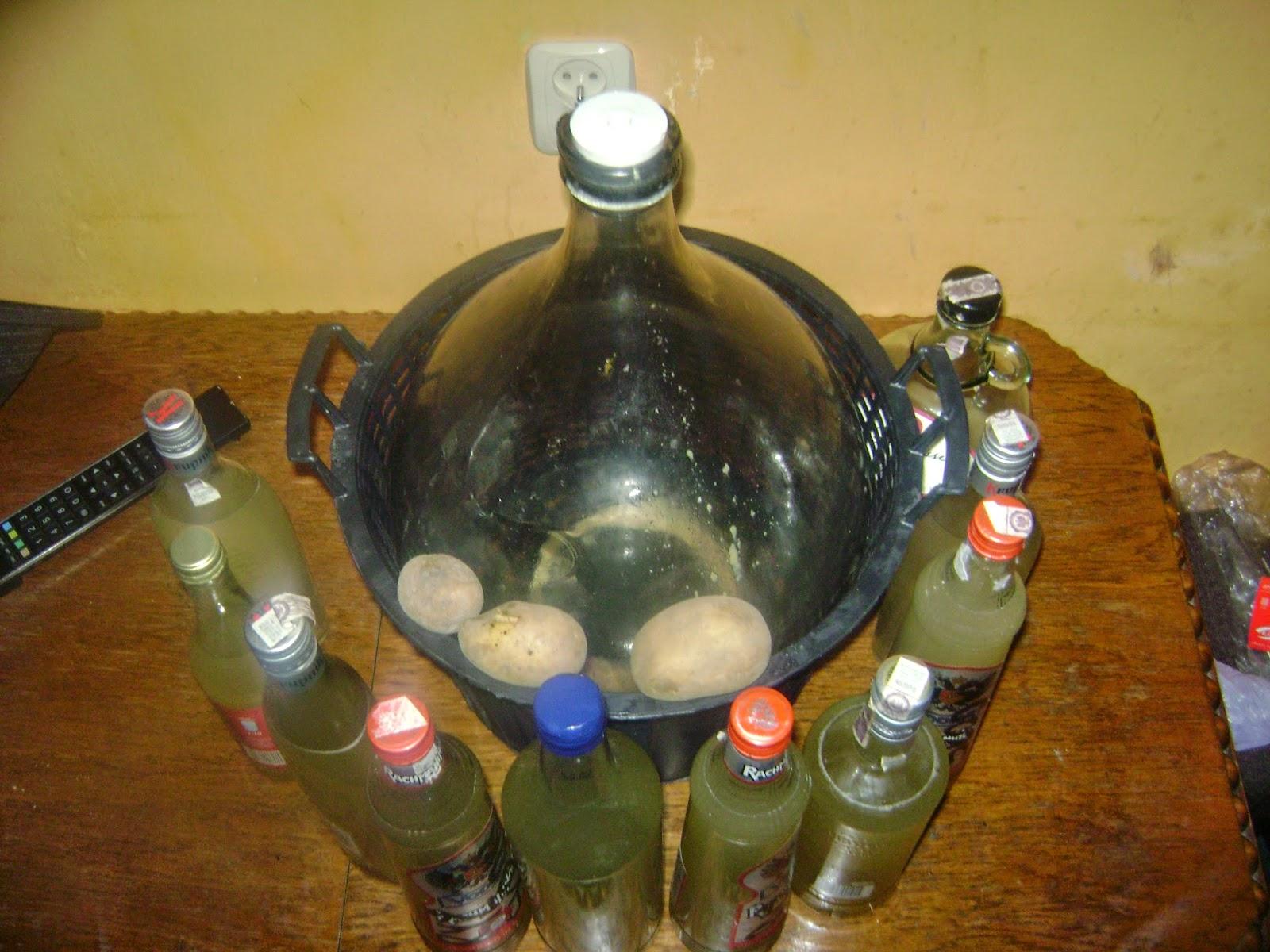 zlewanie wina z ziemniakow