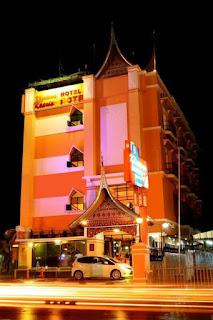 GEDUNG HOTEL KHARISMA BUKITTINGGI