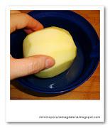 Bañar manzana en limon