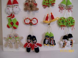 Crochet simple y delicado adornos para navidad for Adornos navidenos tejidos a crochet 2016