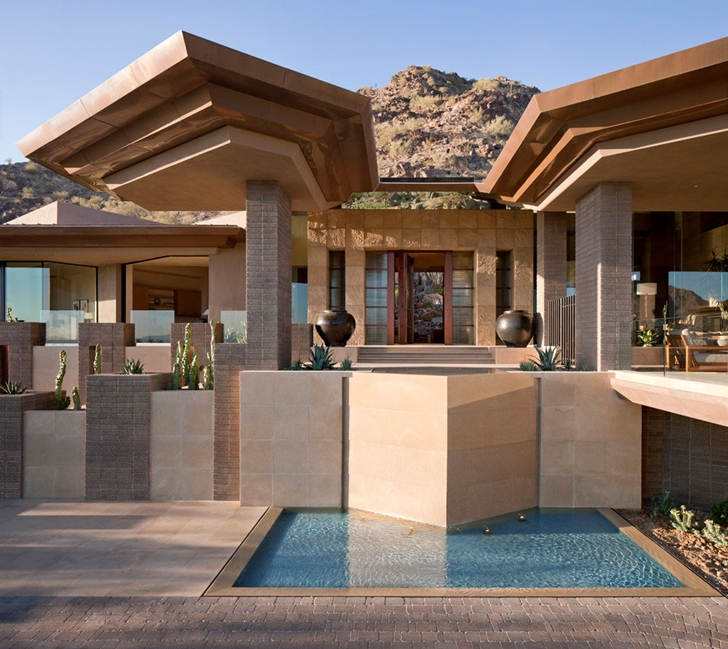 Fountains in modern Dream home in the desert, Paradise Valley