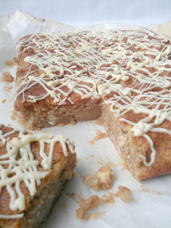 banana and white chocolate blondies