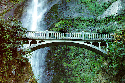 Benson Footbridge, Multnomah Falls, Oregon, USA