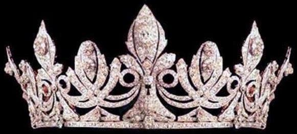 تيجان ملكية  امبراطورية فاخرة Spike+Tiara+()+by+Chaumet+for+Queen+Victoria+Eugenie+1