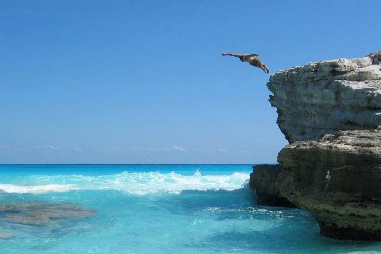 Cliff Diving 2