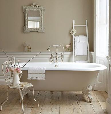 beige clawfoot tub