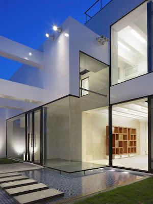 Rumah Modern Ala Jepang 19