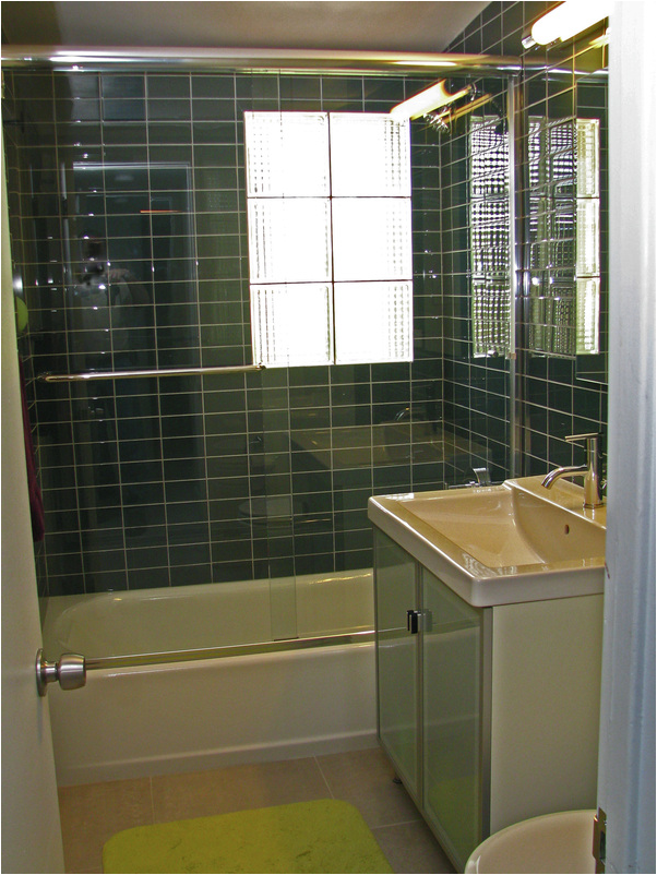 Mid century modern bathroom design ideas room design ideas for Modern bathroom renovations