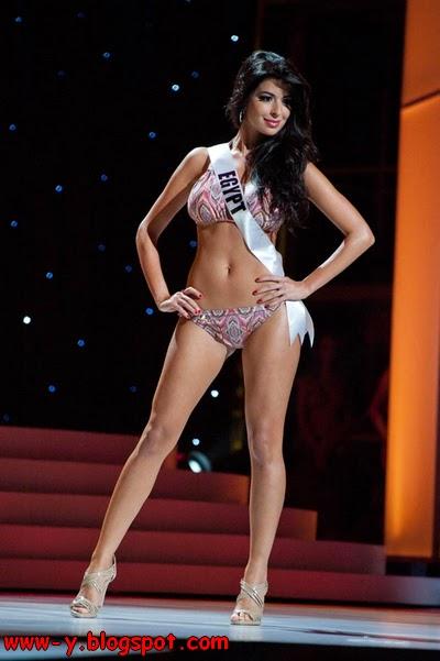 صورة ملكة جمال مصر سارة الخولي Sara AlKholy شبه عارية بالبكيني تثير سخط الفيسبوك