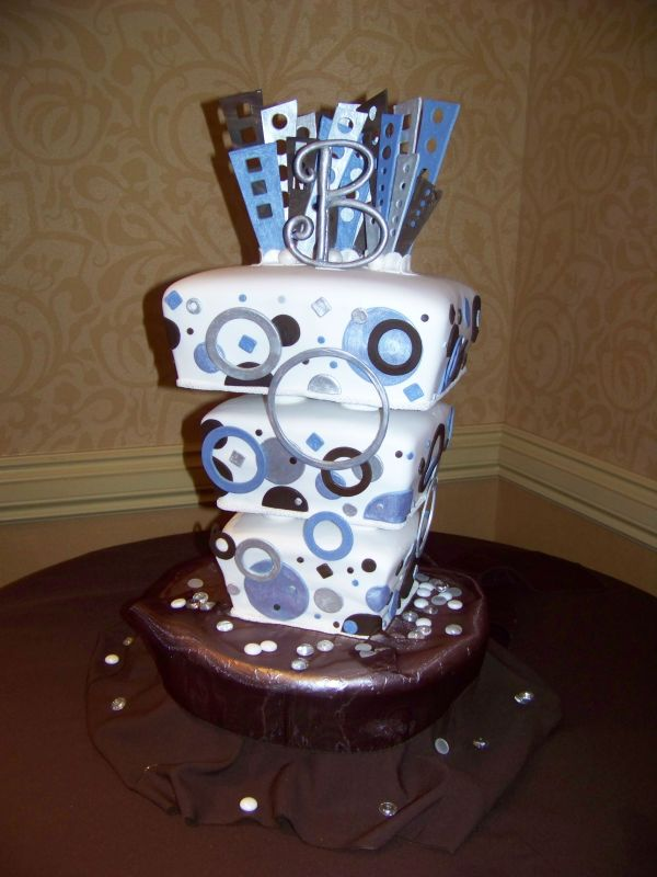 Art in the making and decorating wedding cakes food and for Art deco cake decoration