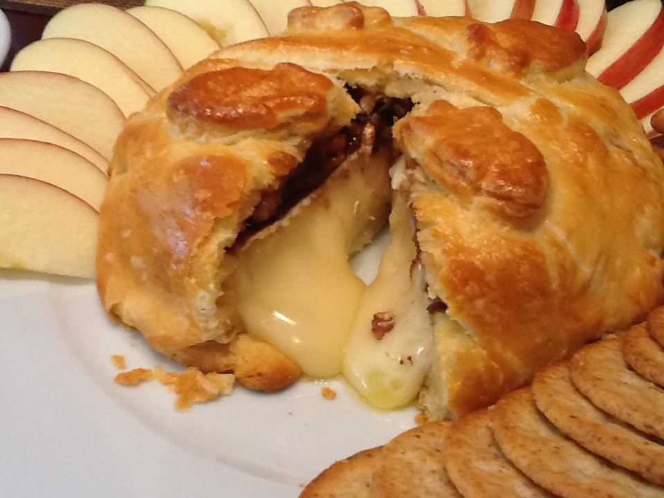 "En croute translates to ""in a crust""."