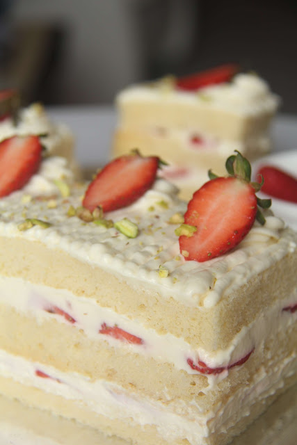Can You Use Sponge Cake For Strawberry Shortcake
