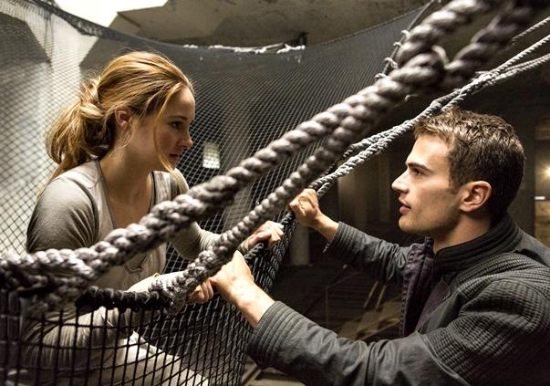 Divergente | Divergent, de Neil Burger, 2014
