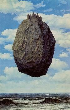 Como en las pinturas de Magritte, el juego del sentido tiene lugar con independencia de que lo representado tenga o no un referente en el mundo real