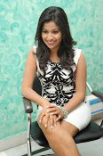 Manali Rathod latest Photo Shoot-thumbnail-4