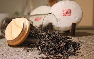 Tomar un té negro es de gran ayuda cuando se quiere bajar de peso