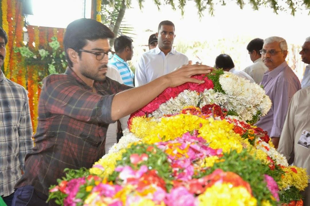 Celebs Pay Homage to Rama Naidu-HQ-Photo-4