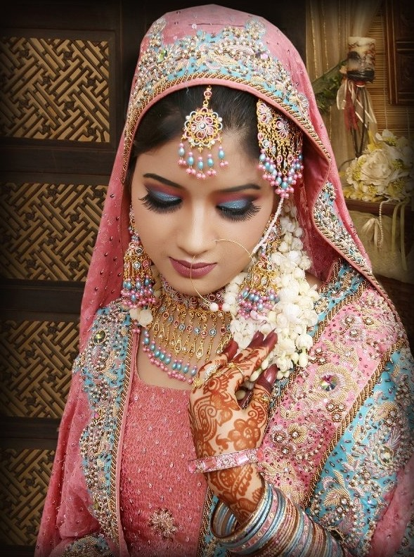 pakistani wedding gown