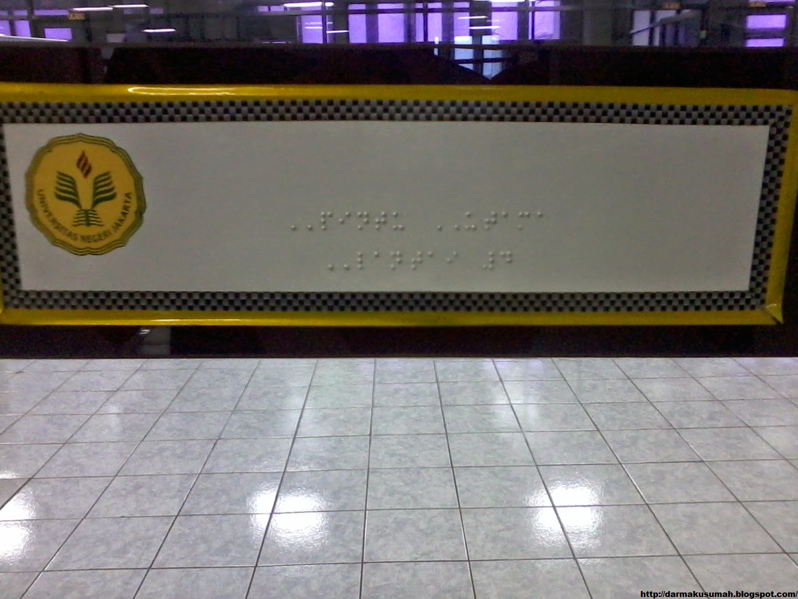 Plat Braille