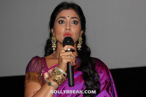 Shriya saran purple saree photos