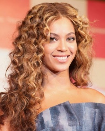 celebrity curly hairstyles  Haircuts Short Prom Celebrity Hair Styles by