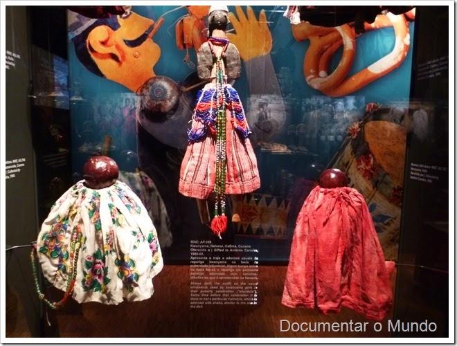 Brincar e Já a Sério; Bonecas do Sudoeste de Angola; Museu Nacional de Etnologia; Lisboa
