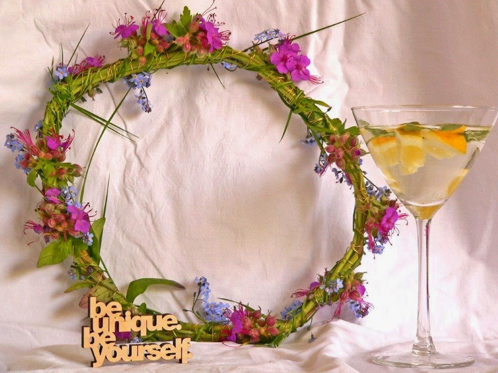 wreath of the month mai frühling kranz binden vergissmeinnicht draht basteln diy