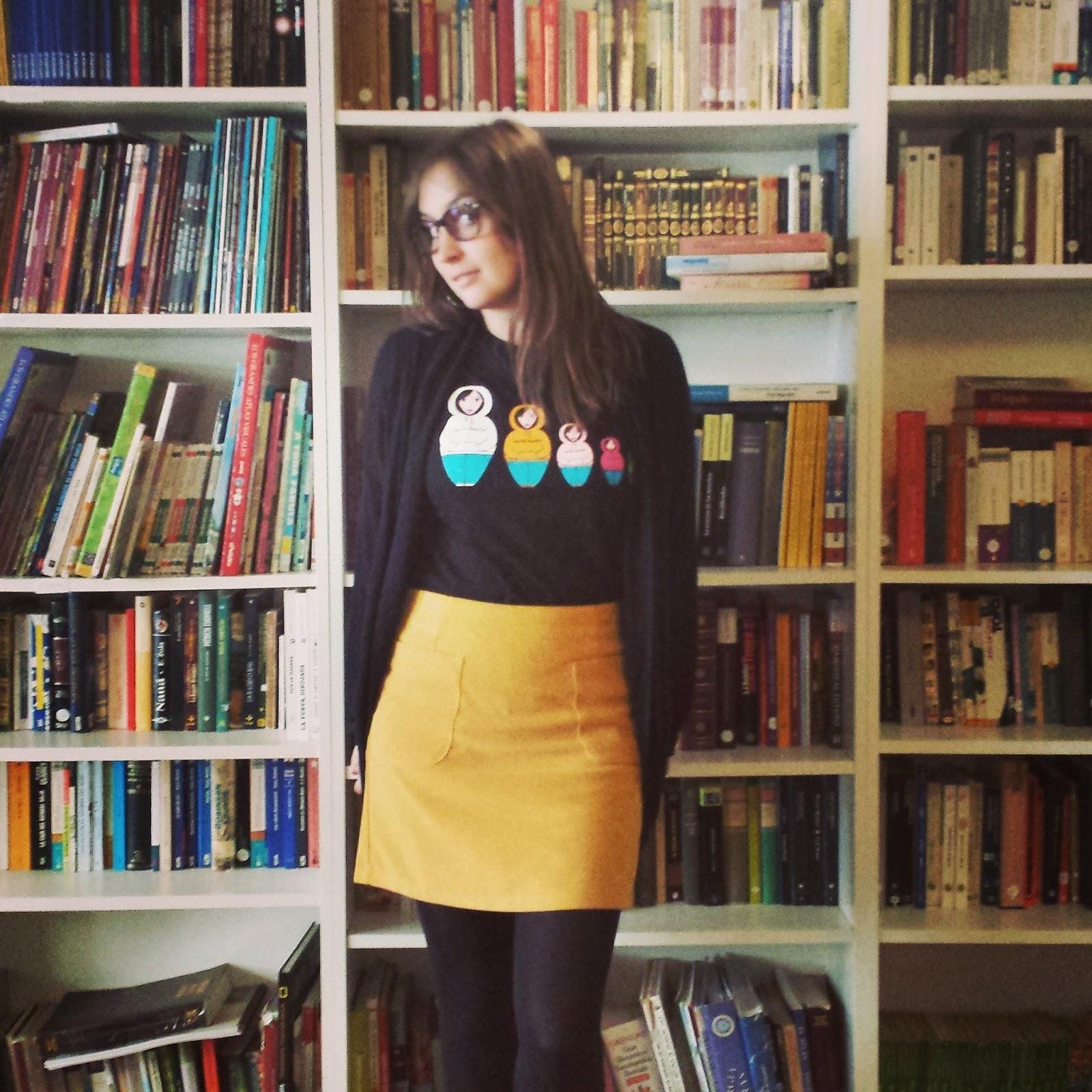 falda mostaza de kling color mostaza y estilo sixties ideal para esta nueva temporada