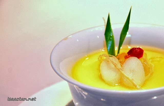 #5 Double-boiled Egg with Honey, Fresh Ginseng, Bird's Nest & Aloe Vera