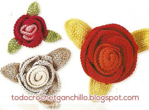 Rosas tejidas al crochet con hojas patrones y paso a paso