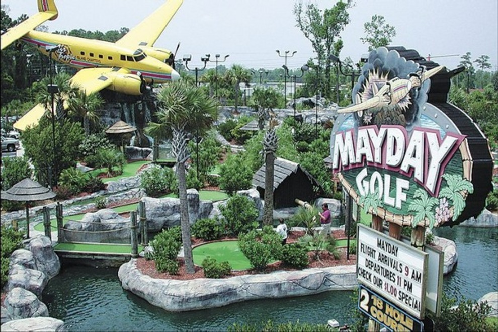 Mini-Golf at the Beach | Garden City Realty | Vacation Property ...