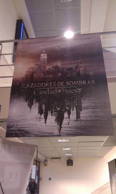 El póster de Cazadores de Sombras: Ciudad de Hueso ya en cines