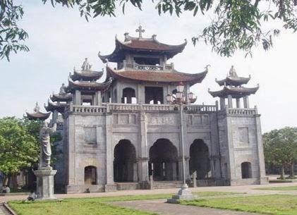 Cho thuê xe 35 chỗ đi nhà thờ đá Phát Diệm